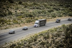 FreightLiner - Image Automoto